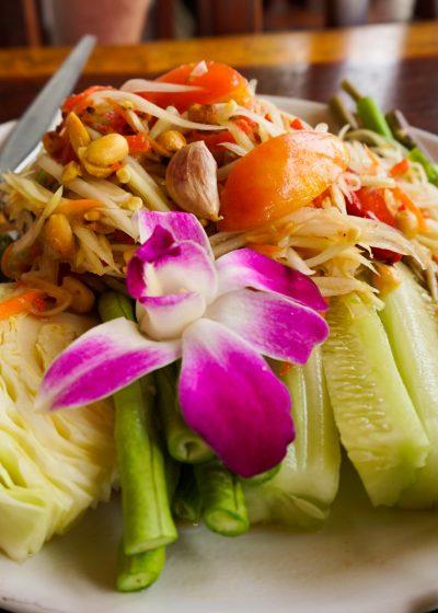 Som Tam ( papaya salad)